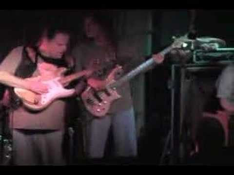Slow Blues in A Minor - Walter Trout and the Radicals - LIVE @ The Blue Cafe
