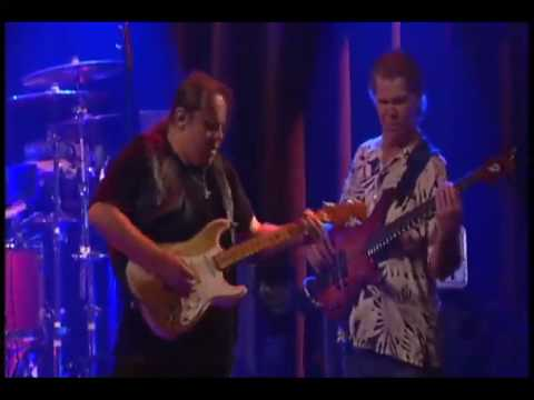 "Walter Trout Performs ""Reason I`m Gone"" From the DVD Relentless (the concert)"