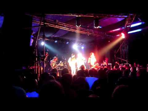 War from a Harlots Mouth - Uptown Girl HD (06.03.2010 Live @ Conne Island Leipzig )