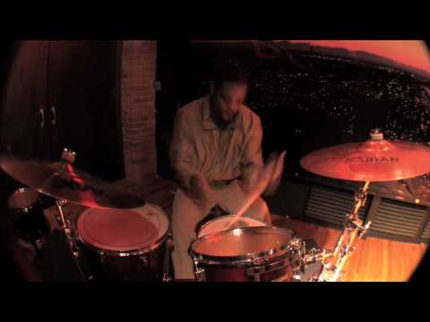 Karriem Riggins Virtuoso Experience (Promo 01) Drummin