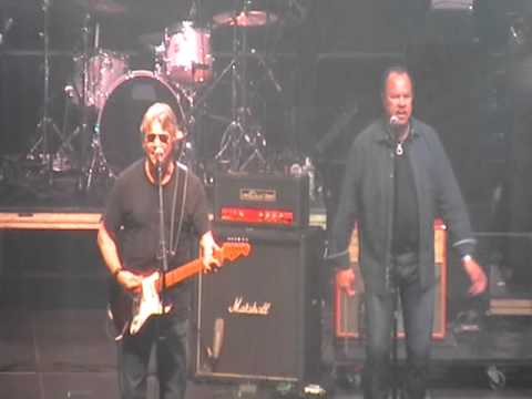 "Steve Miller Band ""Take The Money & Run"" @ Warren Haynes Xmas Jam 2010"