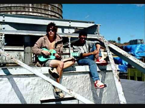MGMT - Weekend Wars (2008 Live Session)