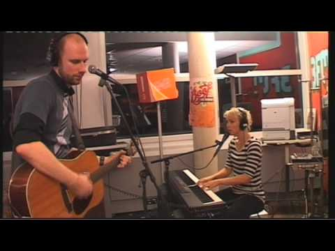 Der Rudy ft Wende - Laat Me (live op 3FM)