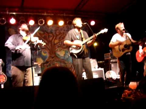 Trampled By Turtles - It`s A War - 8.27.10 - Whispering Beard Folk Festival