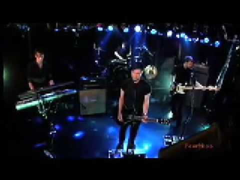 White Lies - To Lose My Life - Live on Fearless Music