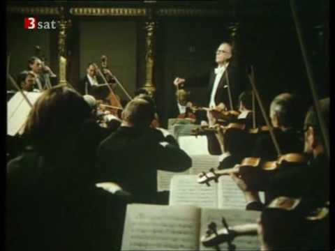 """WA Mozart - (2/4) Serenade in G major, K 525 """"Eine kleine Nachtmusik"""" - II. Romanze (VPO, Böhm)"""