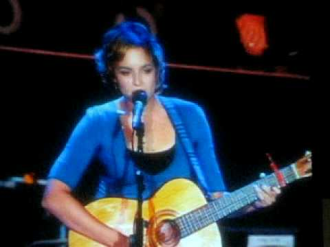 "Norah Jones covering Wilco`s ""Jesus, Etc."""