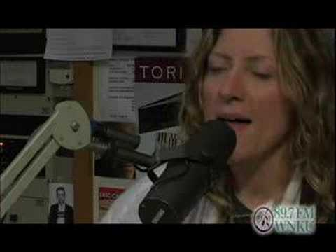 Michelle Malone featuring Will Kimbrough - in studio