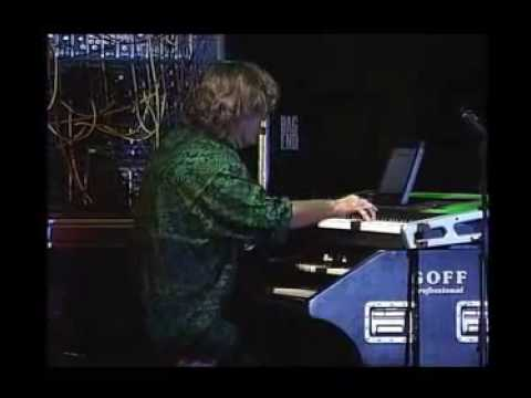 "Keith Emerson & Marc Bonilla ""Bitches Crystal"" - Hungary 2006"