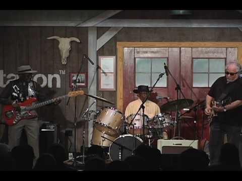 Chicago Blues Fest 2009 - Live at Fur Peace Ranch