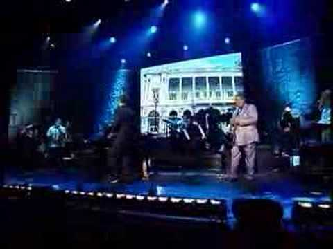"""Cuba Linda"" (en vivo) - Willy Chirino"