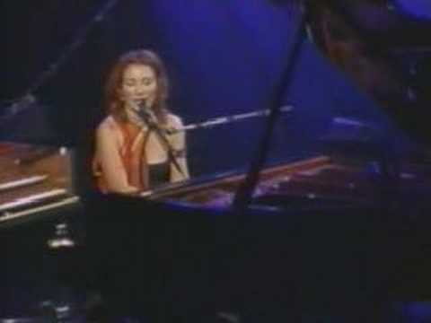 Tori Amos Winter Live