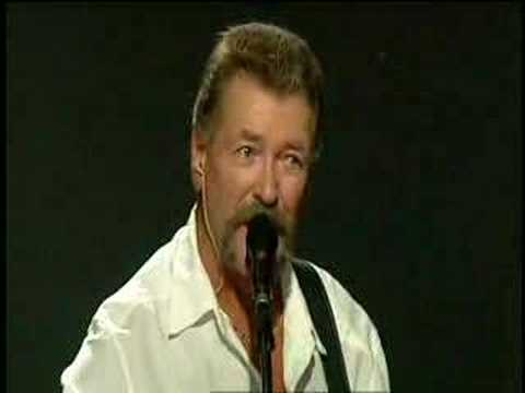 Streets of New York (live) - Wolfe Tones
