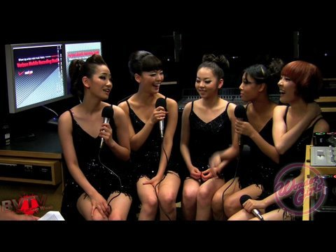Wonder Girls Interview Backstage at Jonas Brothers World Tour 2009 (English) ?? ?? ???