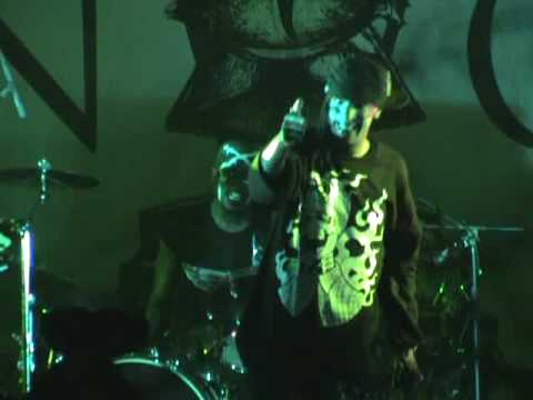 "Hed PE playing ""stir it up"" at woodshock 2009 prt7"