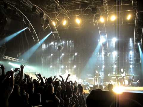 Depeche.Mode.A Question of Time.Tour.of.Universe.Lodz.11.02.2010..(live)