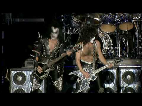 Kiss Symphony - Lick It Up (DTS Surround - HQ)