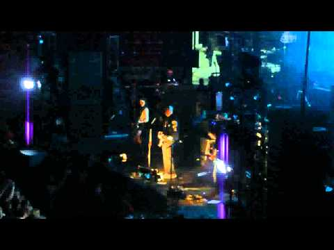 "Smashing Pumpkins - ""Bullet With Butterfly Wings"" and ""Tarantula"" (Live in San Diego 12-12-10)"