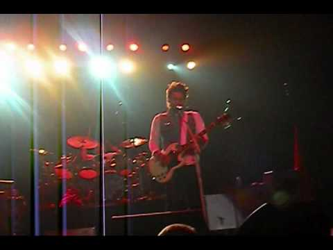 Kings and Queens live 30 seconds to Mars @WREX the halls - San Diego