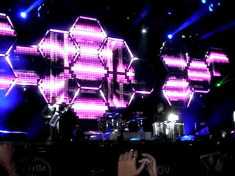 Muse - Undisclosed Desires live! @ Festival Xacobeo 27/07/10