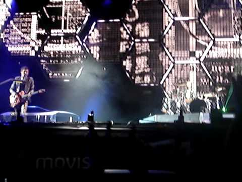 Muse-New Born [Live at Festival Xacobeo 2010]
