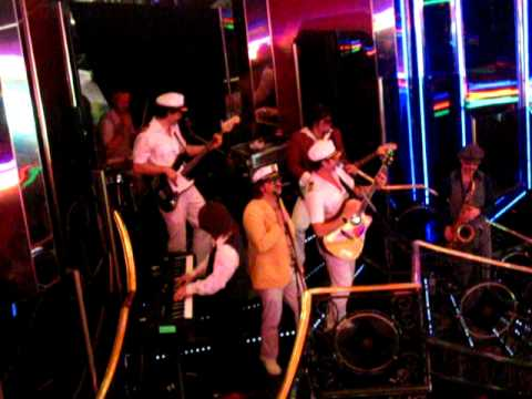 Yacht Rock Revue - Total Eclipse of the Heart