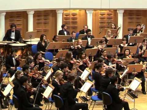 Bernstein - Candide Overture Yale Symphony and Toshi Shimada