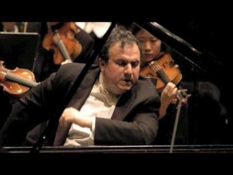 Rachmaninoff Piano Concerto No. 2 - Yefim Bronfman 3rd mvt part 2