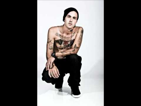 Yelawolf- BMF (Freestyle)