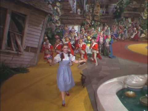 The Wizard Of OZ : Karaoke! : Follow The Yellow Brick Road