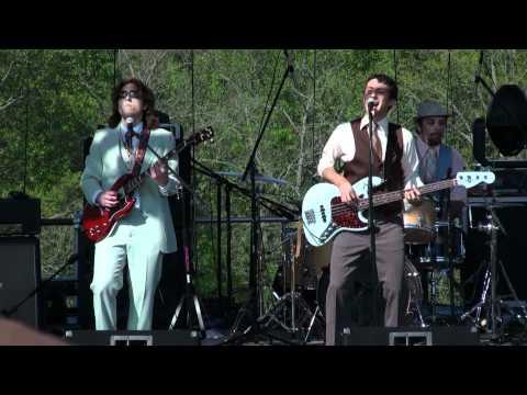 Yellow Dubmarine - And Your Bird Can Sing - RamJam 4/30/2011