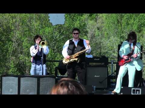 Yellow Dubmarine - Octopus`s Garden - RamJam 4/30/2011