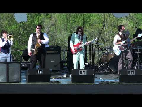 Yellow Dubmarine - Dig A Pony - RamJam 4/30/2011