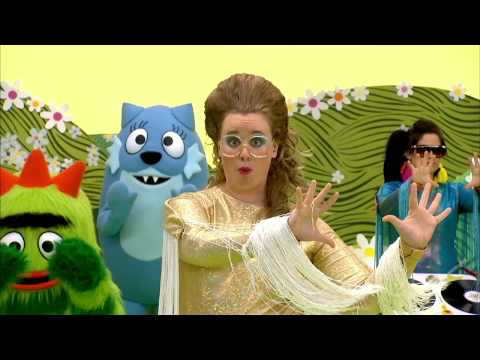 LESLIE HALL - Razzle Dazzle Dancey Dance - YO GABBA GABBA