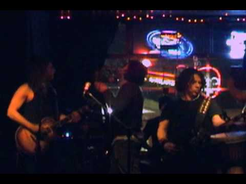 black mambooza barnburner live at the cat_club_grd04