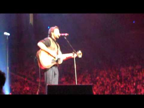 "Zach Williams performs ""The Names that Fell"" at Catalyst 2009"