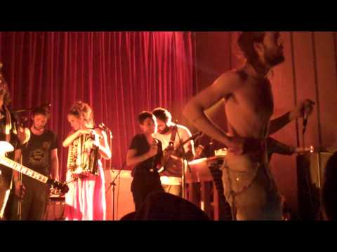 Edward Sharpe and the Magnetic Zeros - 40 day dream live 4.30.09