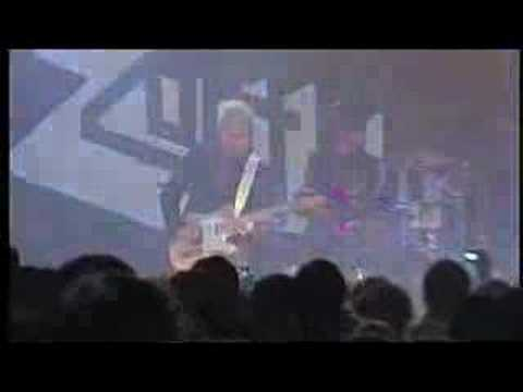 Zoot Woman - `Grey Day` Live Budapest 2006